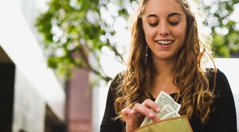 Earn Money While Studying In College